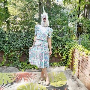 VTG Lisa Petites Dress Floral Traditional Pleated